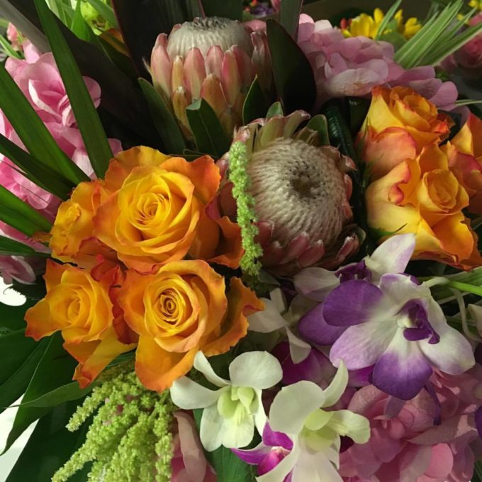 10 top tips for extending the life of cut flowers