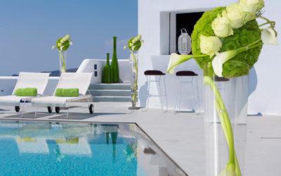 Villa-flowers-exterior